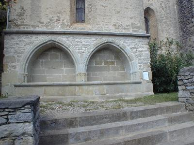The Commanders Tomb at the church in Rustiques